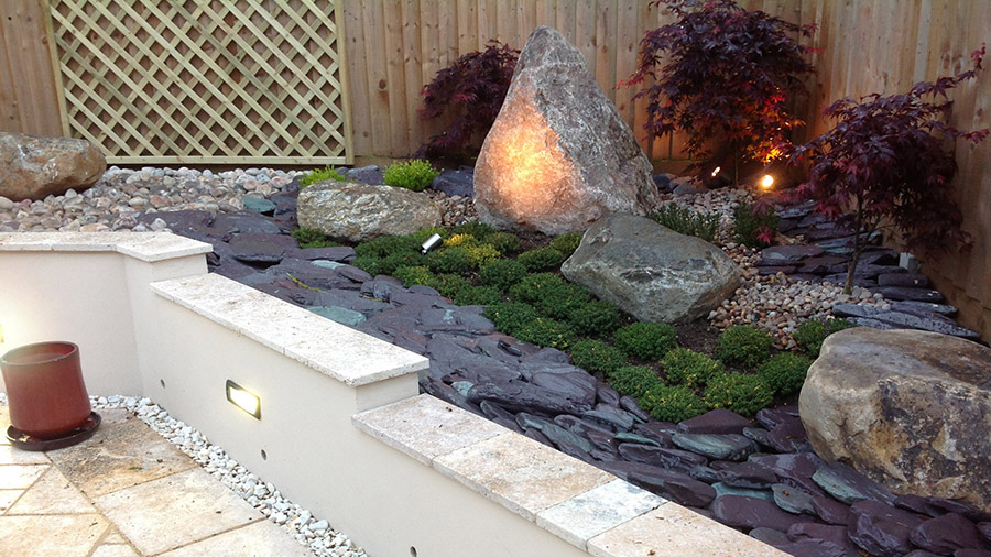Cotswold garden paving & walling